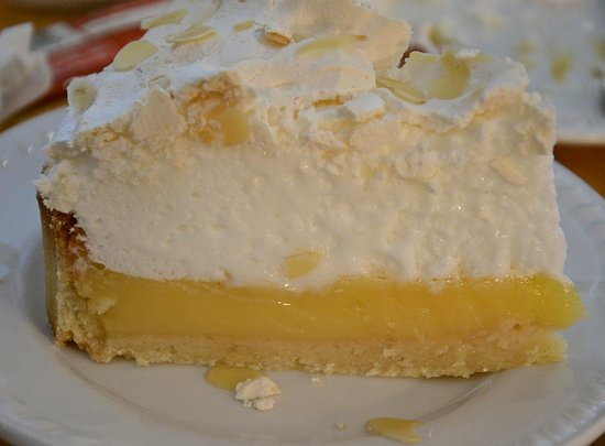 Cashel, Ирландия: Damn-good lemon merinque pie