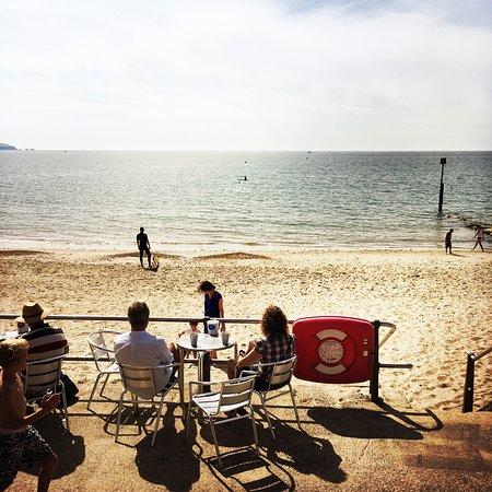 The Beach Hut Cafe : photo1.jpg