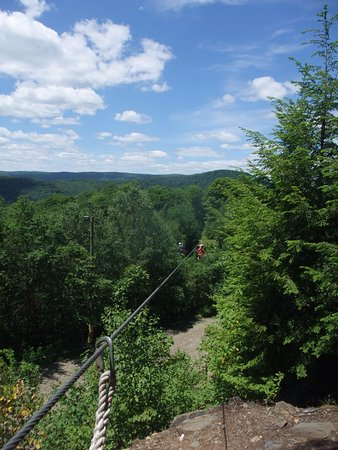 Berkshire East Canopy Tours: Dual racing lines