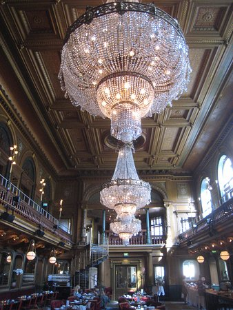 Gorgeous chandeliers picture of berns asiatiska stockholm berns asiatiska gorgeous chandeliers aloadofball Images
