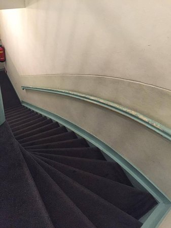 Hotel Washington: Steep stairs