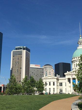 Hilton St. Louis at the Ballpark: photo3.jpg