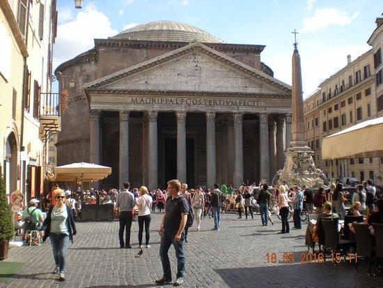 Pantheon roma fotograf a de pante n de agripa roma for Esterno pantheon