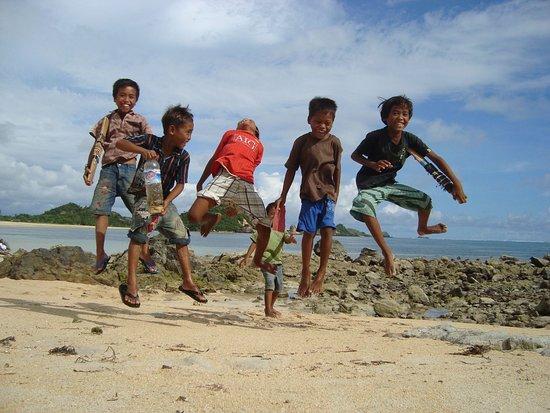 Aditongkol Tour Guide: Kuta Lombok