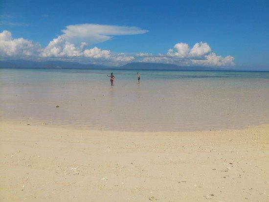 Aditongkol Tour Guide: Pulau Kapal. East part of Lombok regency
