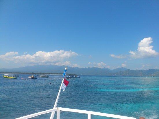 Aditongkol Tour Guide: Snorkling trip to Meno