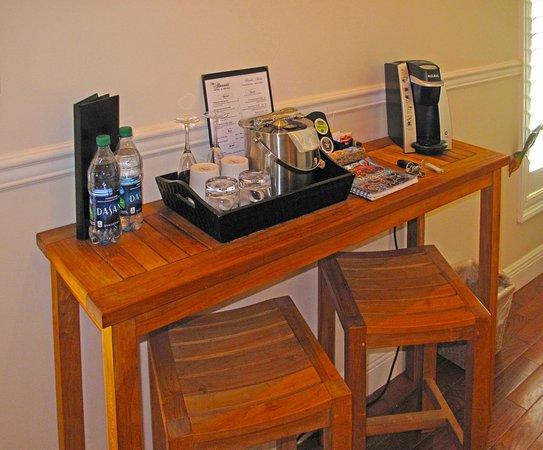 The Almanett Hotel U0026 Bistro: Lottie Suite Bedroom Coffee Maker