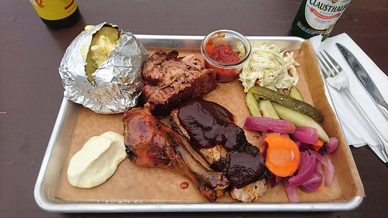 Lund, Suecia: Best BBQ place around!