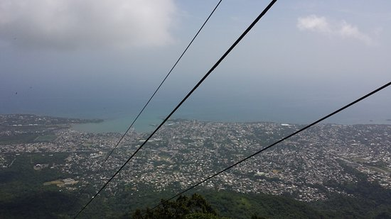 Cabarete, Δομινικανή Δημοκρατία: the view on the cable car going up to the peak of Mount Isabelle