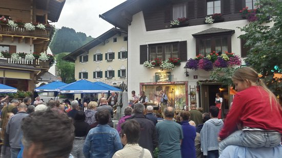 Hotel Salzburgerhof: Ort