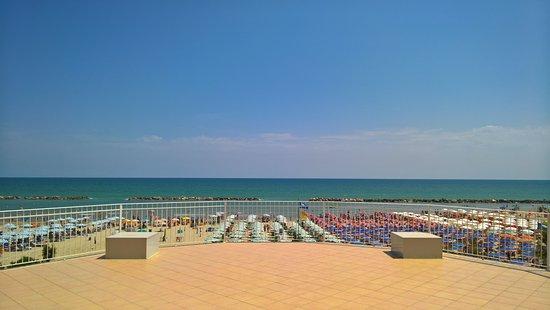Terrazza Panoramica - Foto di Hotel Fausto, San Benedetto Del Tronto ...