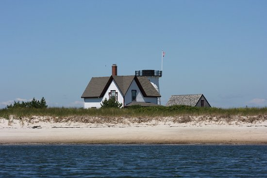 Hardings Beach light house - Picture of Chatham Boat Tours ...