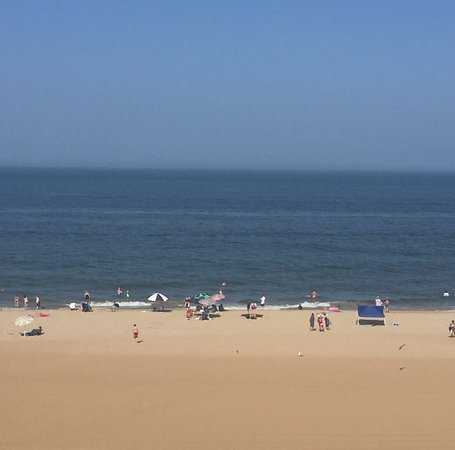 Days Inn Virginia Beach Oceanfront: View from our room