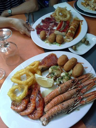 Restaurante el borinot en forallac con cocina francesa Tapas francesas