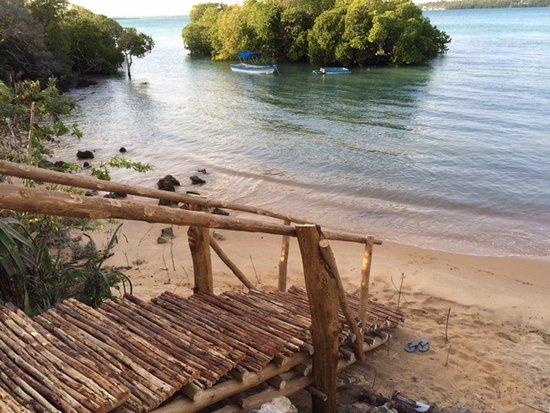 Merry Crab Cove ~ Après Safari & Backpackers
