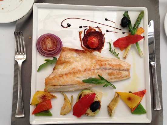 Grand Hotel Sofia: The artistry of this dish wasn't lost on the taste either!