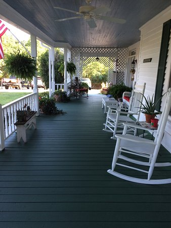 Sunrise Farm Bed and Breakfast: We had a wonderful experience!