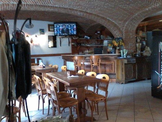 Sala del Ristorante Rosengarten di Albiano d'Ivrea