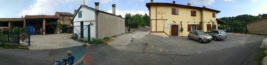 Salice Terme, Itália: PANO_20160729_184728_large.jpg