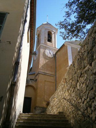 Peillon, France: La chiesa