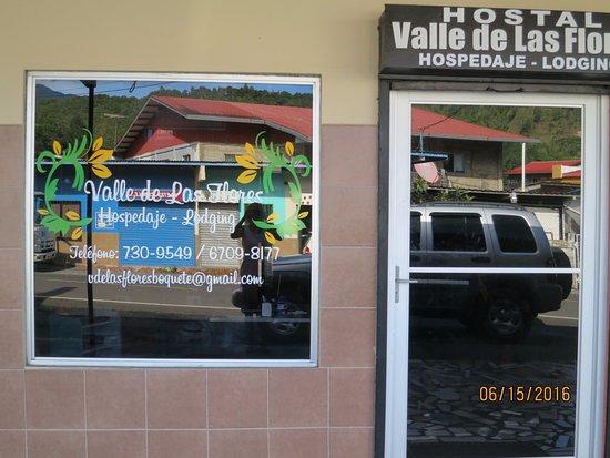 Hostal Valle De Las Flores
