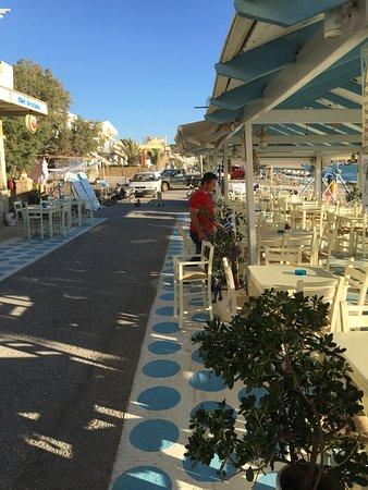 Restaurant Giorgos Fish Tavern: Aristidis at work
