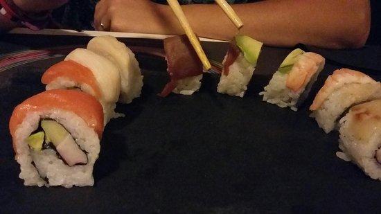 Restaurante bamboo sushi bar en el puerto de santa mar a con cocina japonesa - Sushi puerto santa maria ...