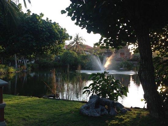 Ayodya Resort Bali: Jardins