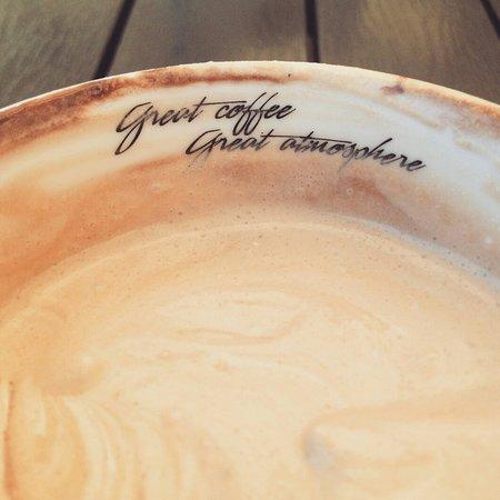 Costa Coffee: IMG_20160331_215519_large.jpg