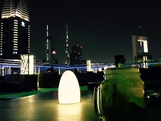 Four Points by Sheraton Sheikh Zayed Road, Dubai : Vue depuis la terrasse du bar-Lounge LEVEL 43