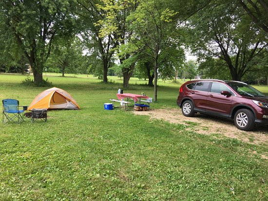 Waunakee, WI: Outer loop campsite, very little cover but good overall