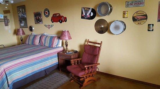Pointe West Resort Motel: Wonderful theme rooms.