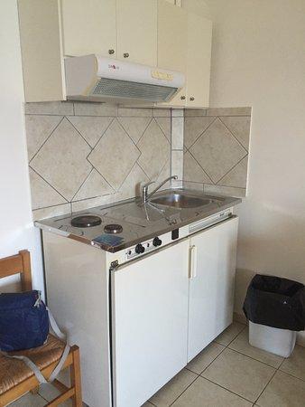 Cucina angolo cottura - Bild von Christina Beach Hotel, Kissamos ...