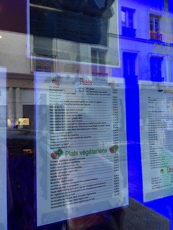 Le rouleau de printemps paris belleville p re lachaise restaurant avis num ro de t l phone - Numero de telephone printemps haussmann ...