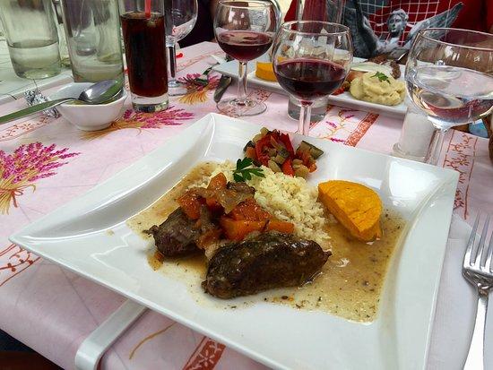 Restaurant L'Olivier: Tres bon accueil Nous avons été enchantés des plats et du service Je recommande sans hésitations