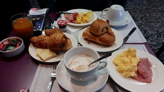 BEST WESTERN Allegro Nation: Desayuno variado, fresco y rico.
