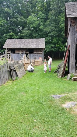 Quiet Valley Living Historical Farm: 20160730_121821_large.jpg