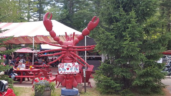 Ray Brook, Нью-Йорк: Roadside attraction