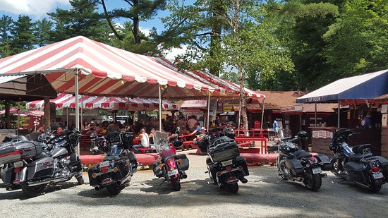 Ray Brook, NY: Saturday lunch in the summer