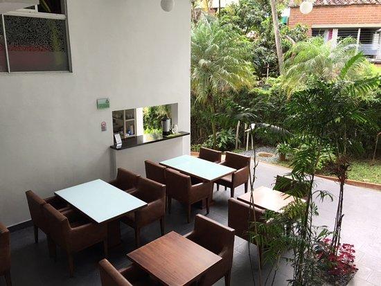 Las Rosas Hotel Boutique: Area do café da manhã