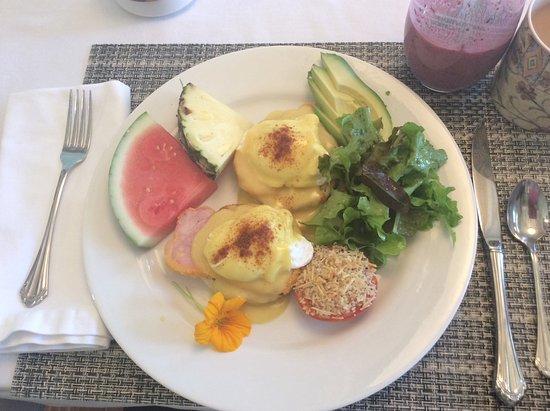 Ogopogo B & B: Day two breakfast; Eggs Benedict (main course)