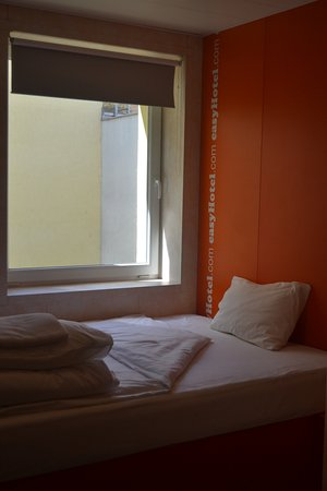 easyHotel Budapest Oktogon Picture