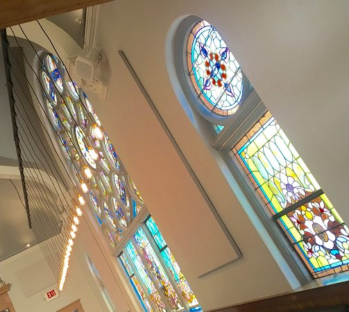 Saline, MI: THe beautiful stained glass