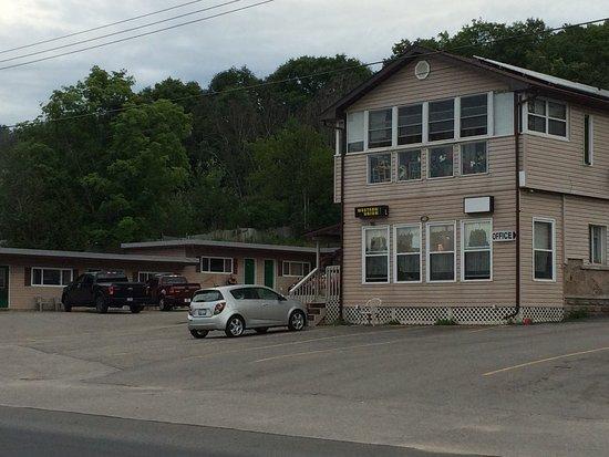 Silver Maple Motel: photo0.jpg