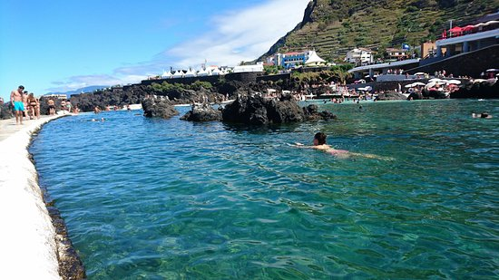 Porto Moniz Natural Swimming Pools: DSC_0225_large.jpg