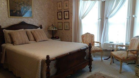 Wooster, OH: McIlvaine room