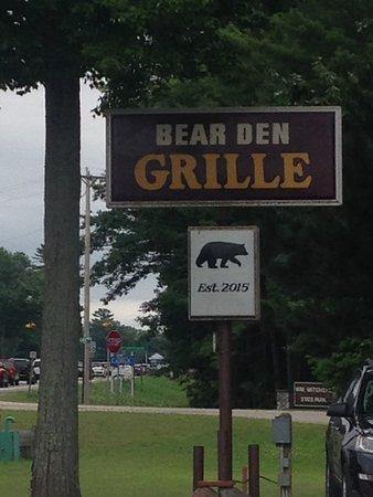 Cadillac, MI: Unpretentious signage eastbound M115