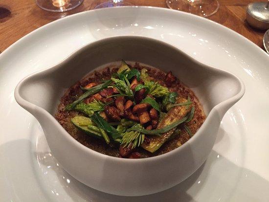 Alain Ducasse au Plaza Athénée: A course of tasting menu
