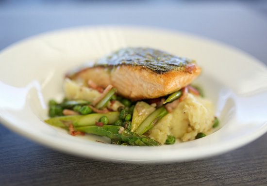 Belmont, Avustralya: Pan fried Salmon
