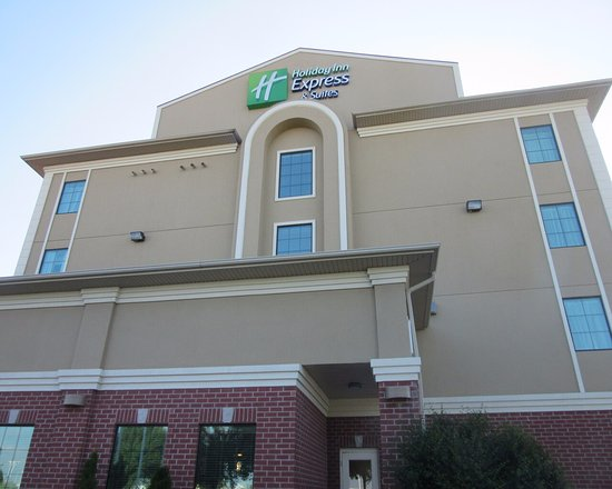 Holiday Inn Express & Suites Barrie Photo